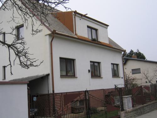 Praha10-02